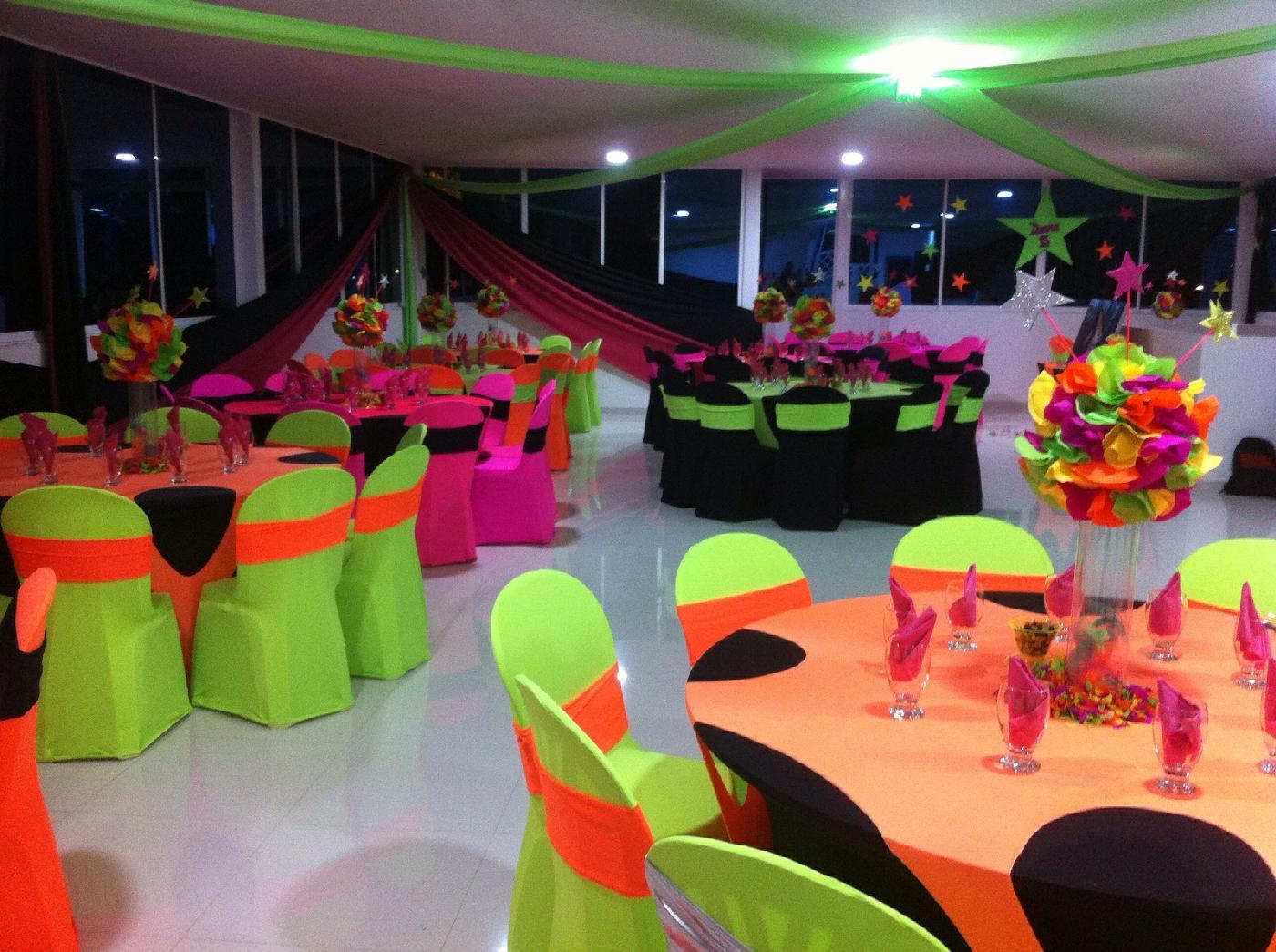 Eventos los chamos sillas para eventos en cali carrera for Sillas para eventos