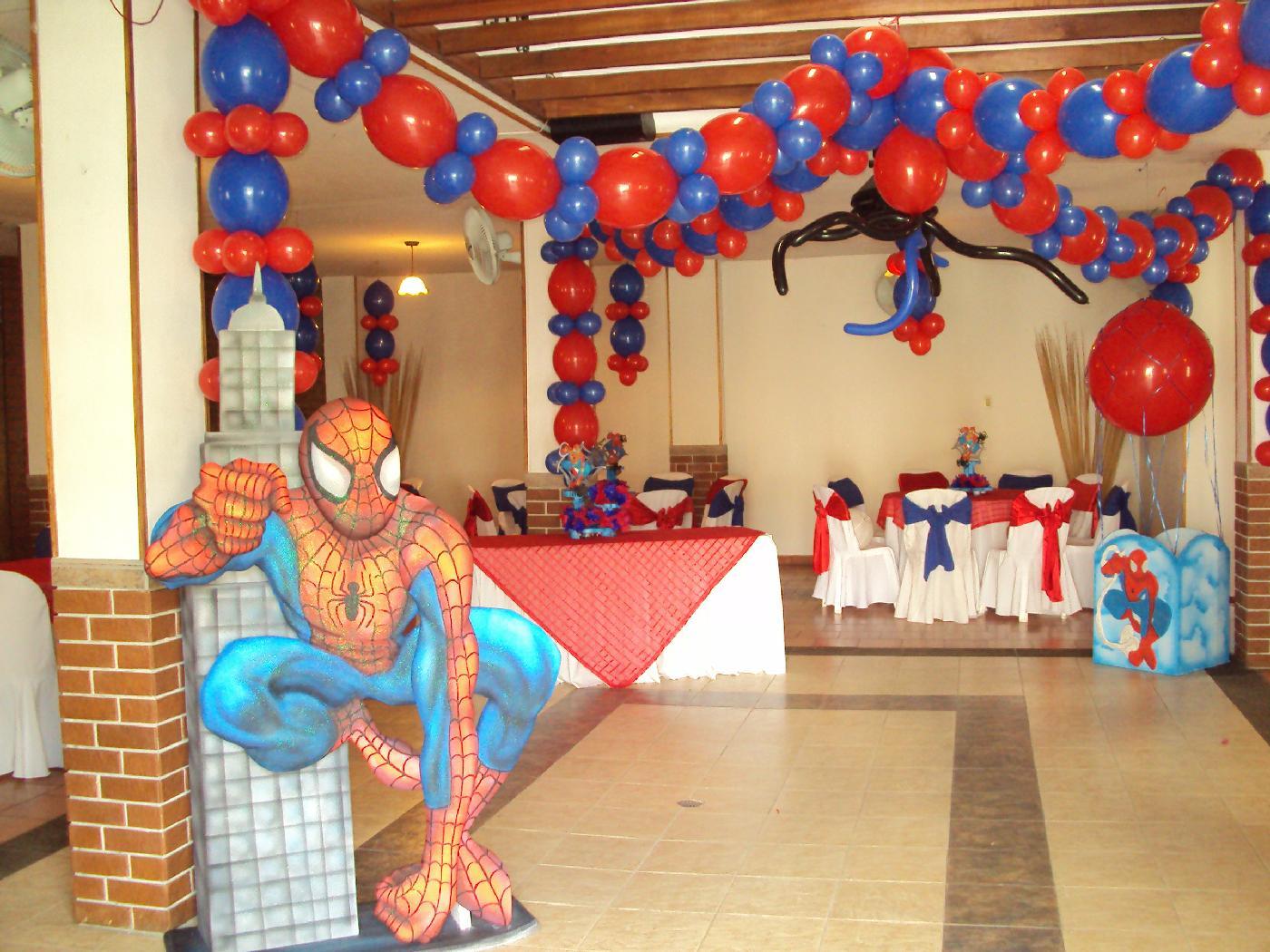 Fiestas de mickey mouse auto design tech - Decoracion fiestas infantiles ...