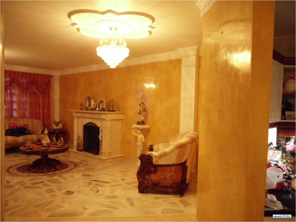 Pana luz estuco veneciano for Pintura color marmol