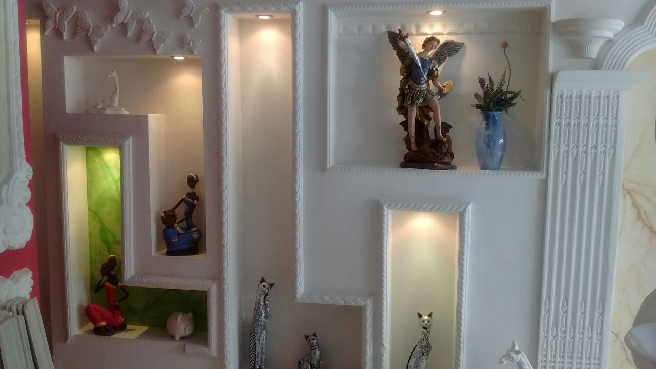 Decoraciones en Yeso